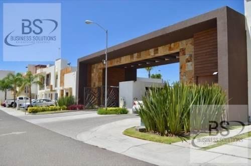 Casa En Renta Valle De Juriquilla - Queretaro / Gps Inmobiliaria