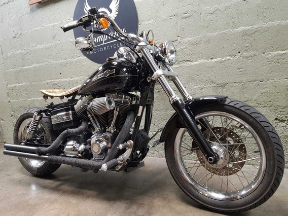 Harley Davidson Dyna Custom