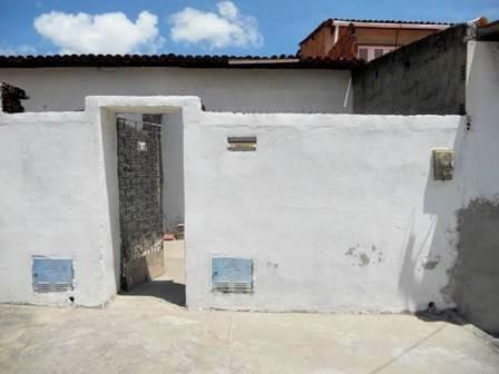 Casa No Conjunto Ceará - Sala, Quarto, Cozinha E Banheiro