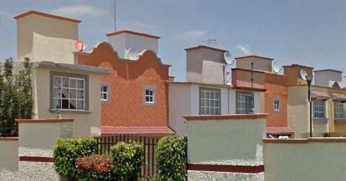 Remate - Casa En Condominio Residencial En Venta En Fraccionamiento Jardines De San Miguel, Cuautitlán Izcalli, Estado De México - Aut912