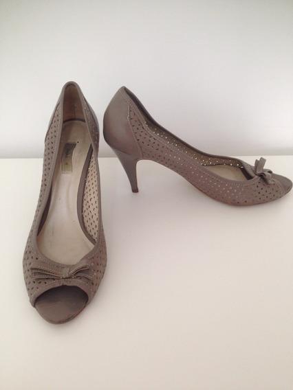 Sapato Boneca Cinza Zara - Numero 38