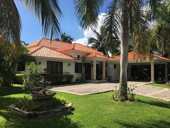 Vendo Hermosa Villa En Metro Country Club En Juan Dolio