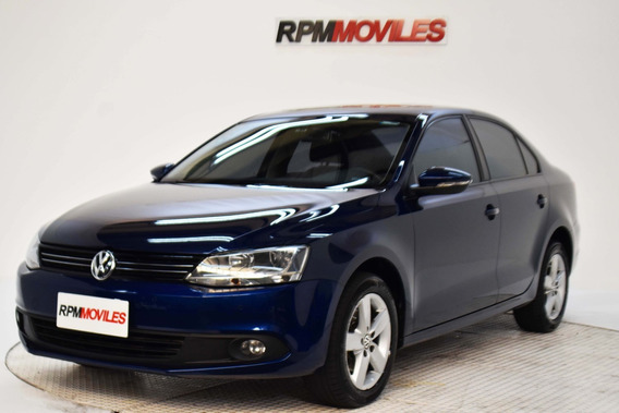 Volkswagen Vento 2.0 Luxury I 140cv 2011 Rpm Moviles