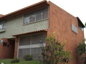 Townhouse En Venta En La Unión - Mls #19-19856