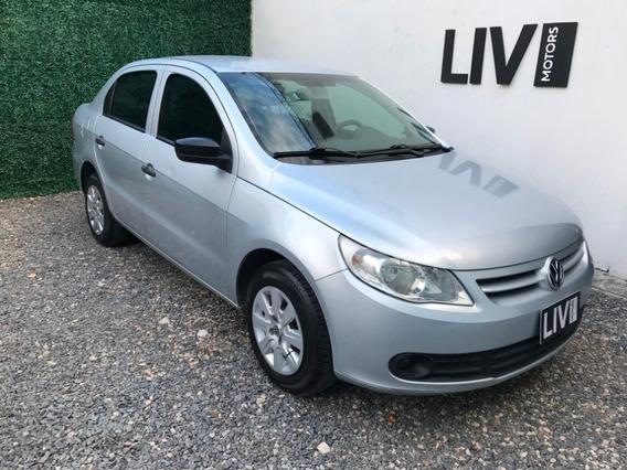 Volkswagen Voyage 1.6 Comfortline - Liv Motors
