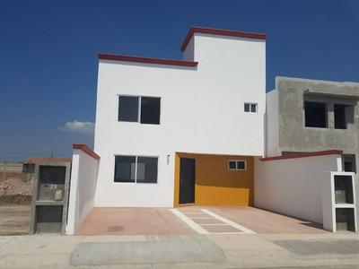 Casa En Fracc. Lomas De Banthi