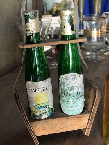Botellas Miniaturas Mistela Y Jerez Caja De Madera Antiguas