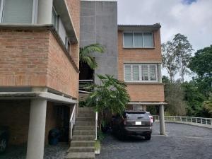 20-7404 Espectacular Town House En La Union