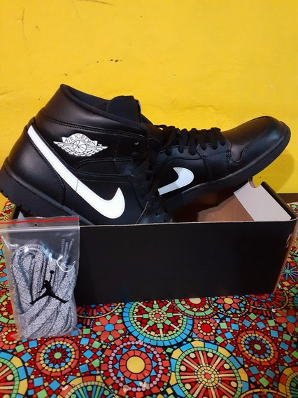 Zapatilla Air Jordan 1 Mid Negra Talle 9 Usa