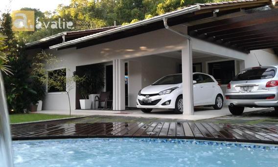 Casa Com Excelente Padrão De Acabamento, Semi Mobiliada, Com Piscina. - 6000328