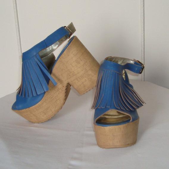 Sandalia Con Flecos Azules Con Plataforma De Corcho