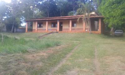 Casa Em Condomínio Com 4 Quartos Para Comprar No Cond. Villa Monte Verde Em Jaboticatubas/mg - Blv5237