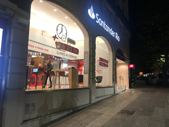 Dueño Vende Excelente Local Bancario Recoleta / La Isla