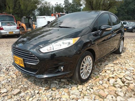 Ford - Nuevo Fiesta Sedan At Titanium Dgt208