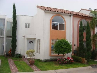 Bonita Casa En Renta, Coto Cerrado En Los Olivos
