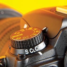 Nikon D-7000 ( Grip 18x105 Tripé 32gb Bolsa ) * Nova *