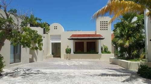 Mansion Frente Al Mar En Uaymitun Para La Renta