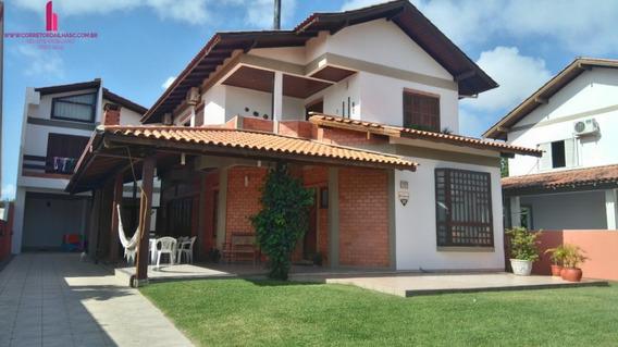 Casa A Venda No Bairro Ingleses Do Rio Vermelho Em - C607-1