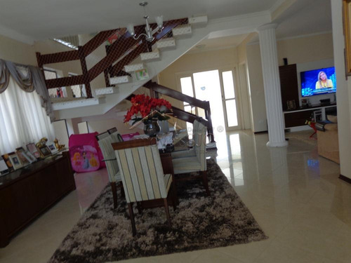 Casas - Ref: V7028