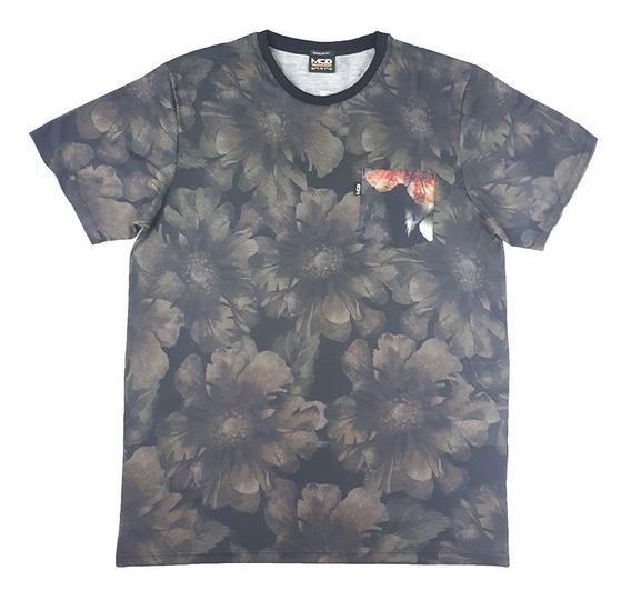Camiseta Especial Regular Raven E Snake Bolso Mcd