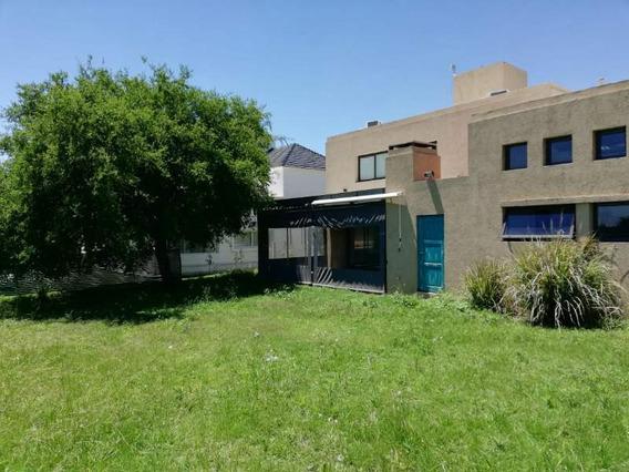 Casa En Venta-valle Escondido- Los Prados-