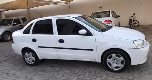 Vendo Corsa Sedan - 1.0 Mpfi 8v 71cv 4p