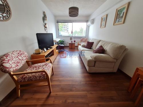 Vende Apartamento 1 Dormitorio Con Placar Y Garaje Fijo