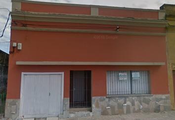 Casa De 7 Ambientes, 2 Baños, Patio Y Garaje