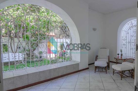 Casa De Rua Na Gávea De 4 Quartos, 4 Vagas De Garagem, Rua Silenciosa!! - Cpca40007