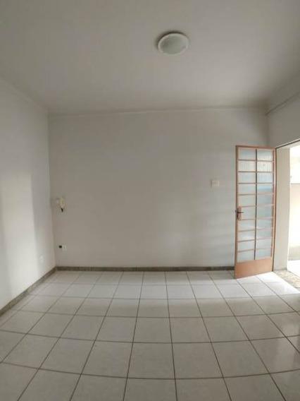 Excelente Casa 02 Quartos, 01 Vaga. - 798