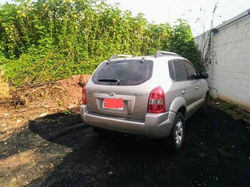 Imagem 1 de 6 de Hyundai Tucson 2010 2.0 Gl 4x2 Aut. 5p