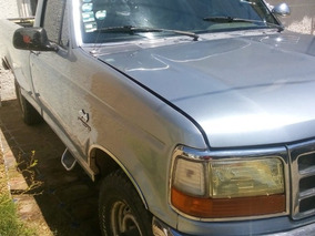 Ford Pick-up Equipada