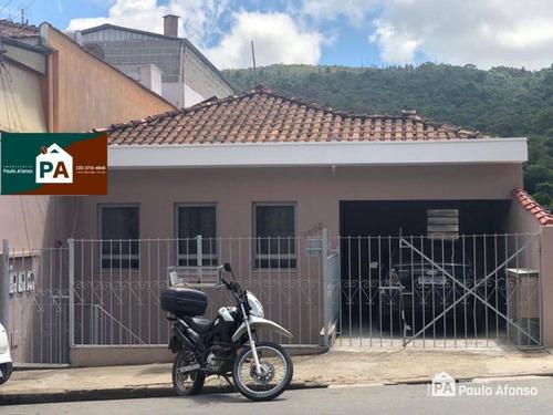 Casa No Bairro Dom Bosco- Poços De Caldas Mg - Ca1347