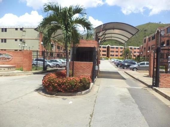 Apartamento En Venta La Esmeralda Pt 19-14449