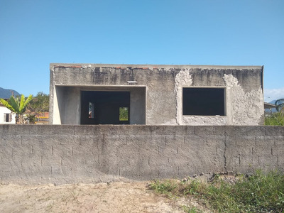 Casa Em Construção Perto Da Praia