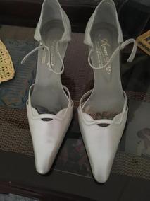 dac1f9071cb Hermoso Zapatos Tacon Blanco Perlado 37 Armando Barquisimeto