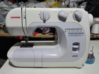 Máquina De Coser Janome 2049