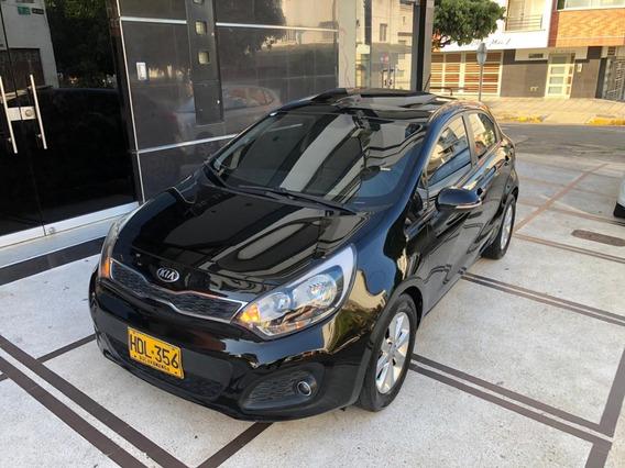 Kia Rio Hb 1.4 Automatico 2013