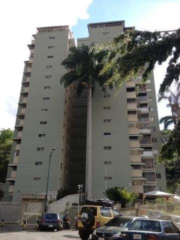Apartamento En Venta En Tzas. Del Club Hípico - Mls #19-3392