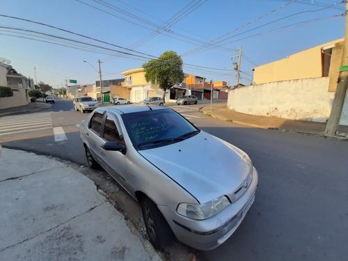 Imagem 1 de 3 de Fiat Siena 2001 1.0 16v Elx 4p