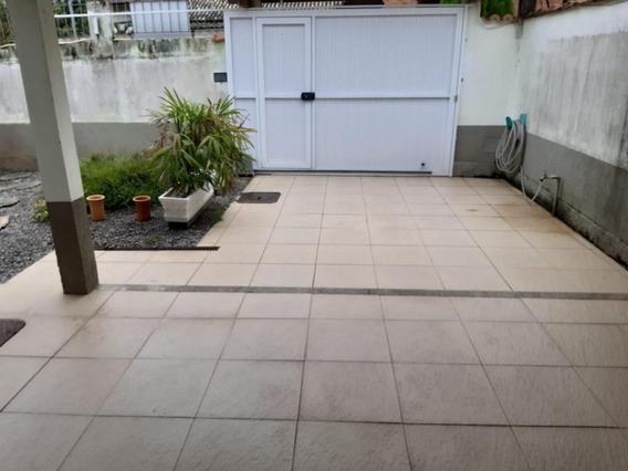 Casa Linear Com 2 Quartos - Ca0330