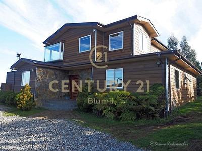 Preciosa Casa Con Vista Espectacular Y La Mejor Conectivi...