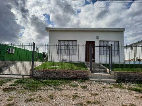 Alquiler Temporal 2 Dormitorios, Un Baño Colonia Del Sacrame