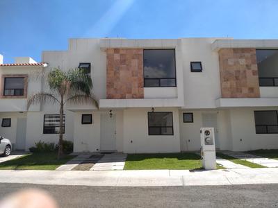 Casa En Renta En Sonterra, Privada Con Alberca