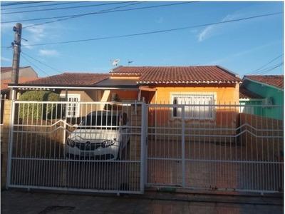 Casa Com Piscina | Terreno De 7x25 | 2 Vagas - V-691
