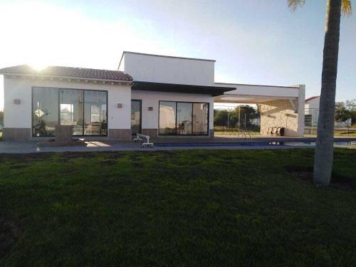 Ahh/ Casa Nueva En Ciudad Maderas