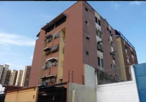 Ph En Venta La Barraca - Maracay 0412-872.45