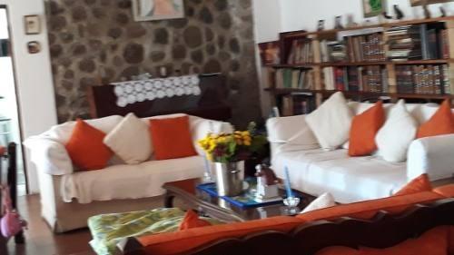 Casa Sola En Santa María Ahuacatitlán / Cuernavaca - Vem-750-cs