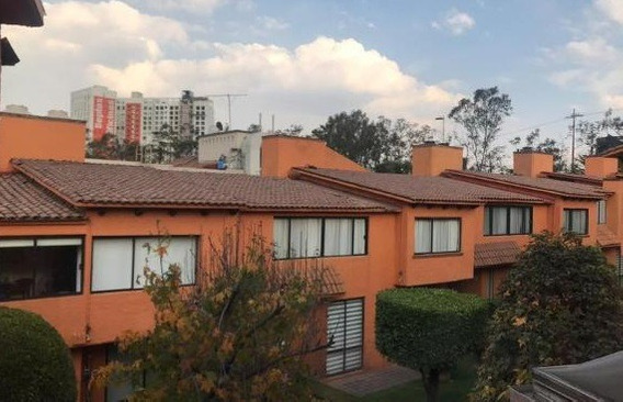 Hermosa Casa En Lomas De Vista Hermosa Con 250 M2.