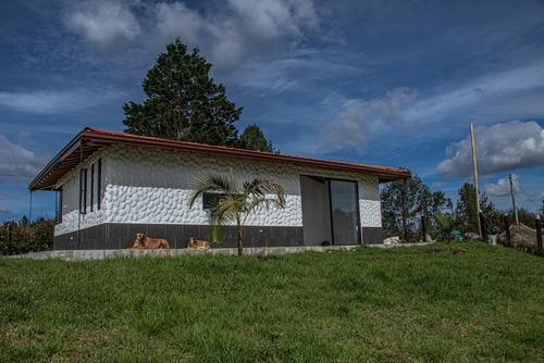 Hermosa Casa Para Estrenar Santa Elena